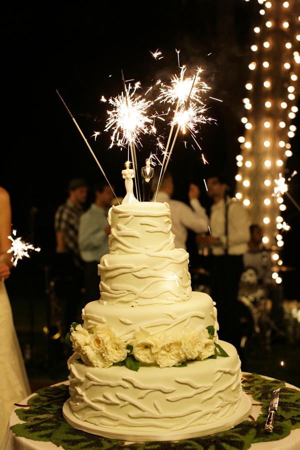 wedding cake toppers sparklers cakes eat drink amp be married 26597